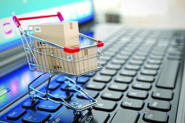 Mổ xẻ những ưu – nhược điểm khi mua sắm online và offline - Ảnh 3.